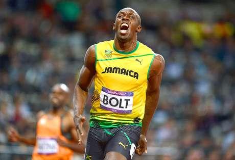 El jamaicano Usain Bolt logró un histórico podio al revalidar sus títulos de los 100 y 200 metros planos además de los 4x100 con su país. Es el primer atleta que logra esta hazaña en Juegos Olímpicos consecutivos, por lo que su nombre ya forma parte de las leyendas olímpicas.