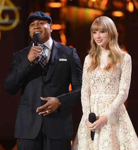 LL Cool J y Taylor Swift fueron los encargados de anunciar los nominados a los Grammy 2013. El show se televisó por CBS desde Nashville, Tennessee y contó con presentaciones de Maroon 5, Luke Bryan, fun. y Janelle Monae, Ne-Yo y más. Aquí algunas fotos de la mágica velada.