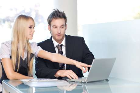 Algumas mulheres acreditam que a relação com o chefe pode prejudicar a carreira