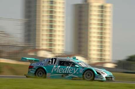 Com bom desempenho, Barrichello larga em sétimo em Interlagos