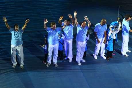 Ídolos gremistas participam da festa da inauguração da Arena