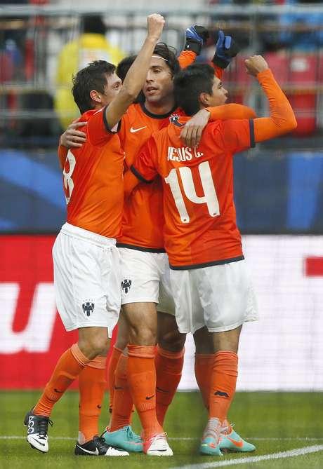 El festejo de los jugadores Rayados con el triunfo que los pone en la semifinal del Mundial de Clubes.
