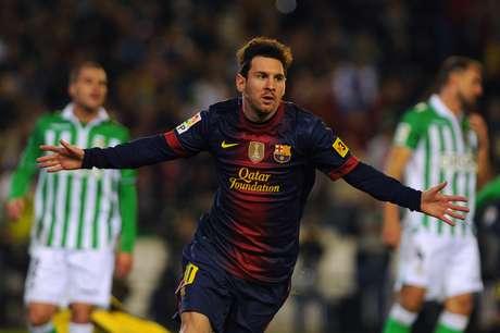 Lionel Messi anotó un doblete ante el Betis para quebrar el récord que pertenecía al alemán Gerd Müller.