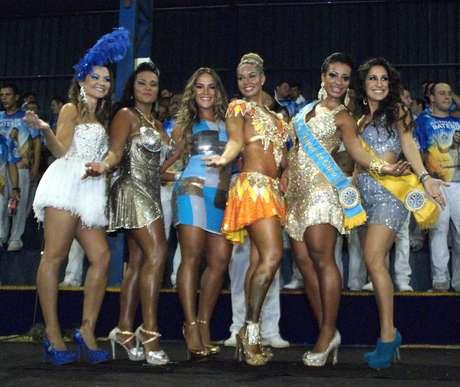 Rainha, madrinha e musas da Águia de Ouro estiveram presentes no evento