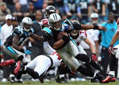 Cam Newton lanzó para 287 yardas y dos touchdowns y anotó en una carrera de 72 yardas, y los Panthers de Carolina sorprendieron con una victoria de 30-20 sobre los Falcons de Atlanta. (Con información de AP)