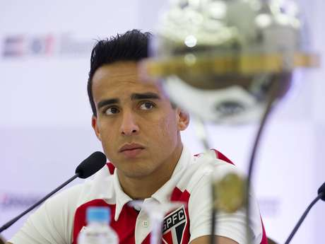 Taça da Sul-Americana pode ser a primeira de Jadson pelo São Paulo