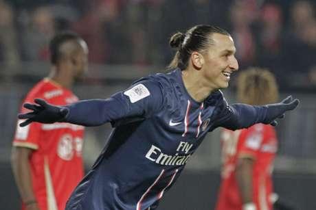 Ibrahimovic marcou três gols e teve papel fundamental na goleada do PSG