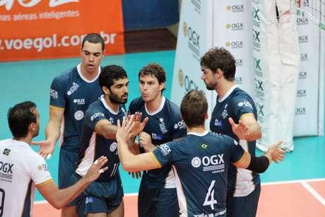 Com vitória sobre oVôlei Futuro por 3 sets a 1, o RJX manteve a liderança da Superliga Masculina