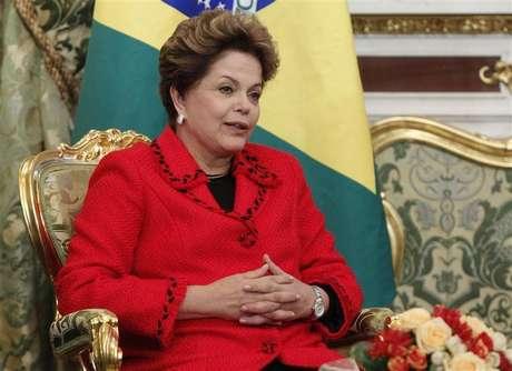 Brazilian President Dilma Rousseff speaks during her meeting with Russian President Vladimir Putin in Moscow's Kremlin December 14, 2012.