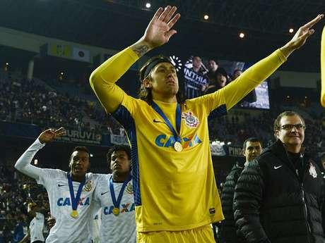 Melhor jogador do torneio e herói da final, Cássio embala festa alvinegra