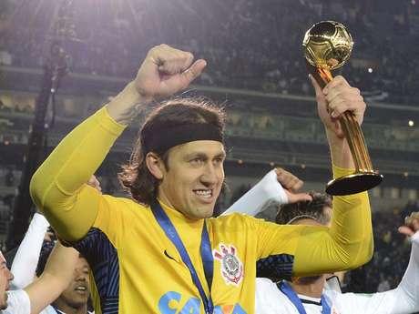 Com atuação impecável na final, Cássio foi eleito o melhor jogador do Mundial de Clubes 2012
