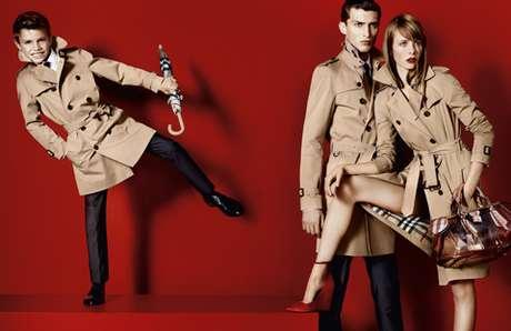 El hijo de 10 años de Victoria y David Beckham debutó como modelo de Burberry