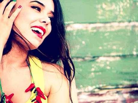 """Beatriz Luengo lanza reflexivo y emotivo video """"Hallelujah""""."""