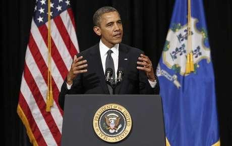 U.S. President Barack Obama delivers remarks at the White House in Washington November 28, 2012.