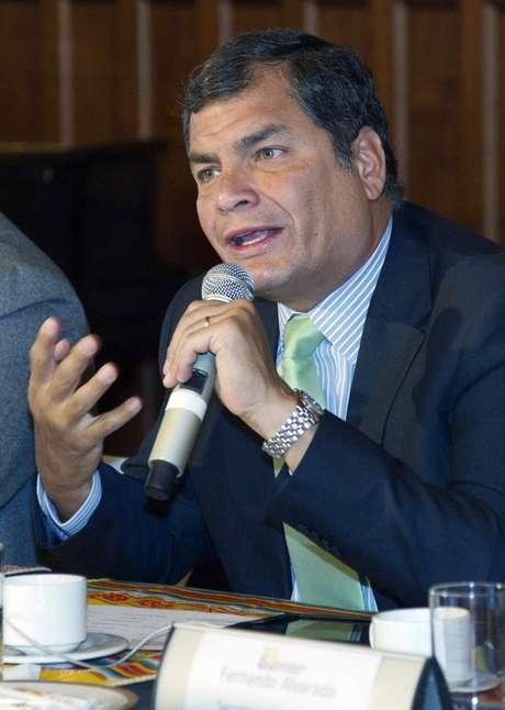 Rafael Correa tenta a reeleição após seis anos de governo
