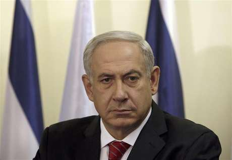 Israel's Prime Minister Benjamin Netanyahu pauses during the delivery of joint statements with Bulgaria's President Rosen Plevneliev (not pictured) before their meeting in Jerusalem October 23, 2012.