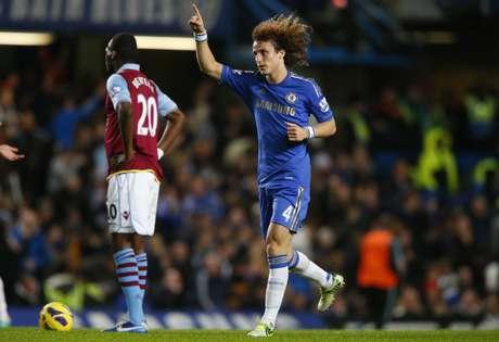 """Apesar de elogios, David Luiz também recebeu críticas por """"lapsos"""" sofridos nas partidas"""