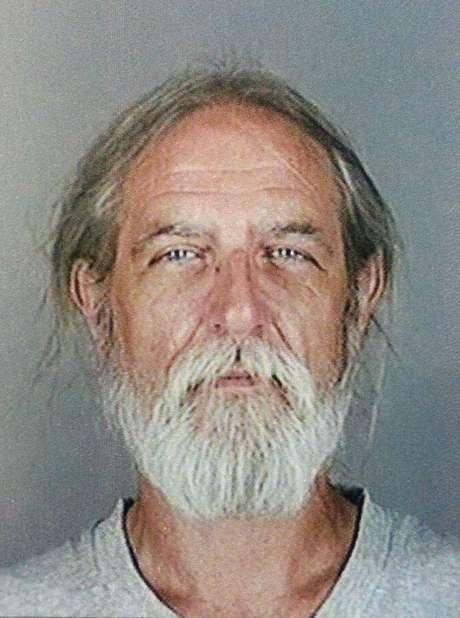 William Spengler, un exconvicto de 62 años, disparó a dos bomberos el lunes y luego se suicidó.
