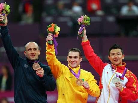 Arthur Zanetti (centro) fez história ao conquistar primeira medalha olímpica da história da ginástica artística brasileira