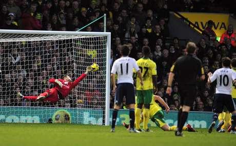 Con un zurdazo de Mata, el Chelsea logró tres puntos 'de oro'.