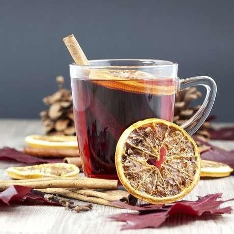 Muitos povos recorrem a bebidas quentes para se aquecer durante o nverno da época de festas