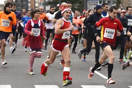 Imagen de corredores haciendo la tradicional San Silvestre