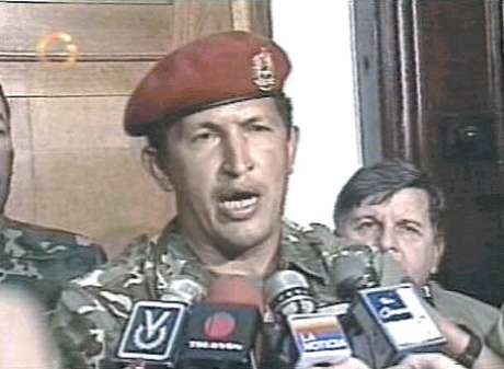 <p>Captura de la televisión de la imagen de Hugo Chávez después del golpe de estado de 1992</p>