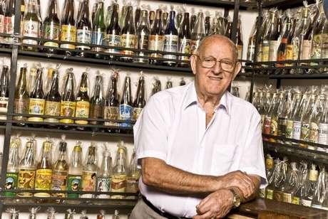 <strong>Museu da Cachaça em Catanduva, SP</strong><br />Localizada dentro do Engenho Santo Mario, esse museu possui uma coleção de mais de 5 mil garradas da bebida. Entre as raridades está uma miniatura da Pinga Pelé, de 1958.<br /><strong>Endereço:</strong>Rodovia Comendador Pedro Monteleone, Km 205  Catanduva - SP<br /><strong>Informações:</strong>(17) 3522-5715