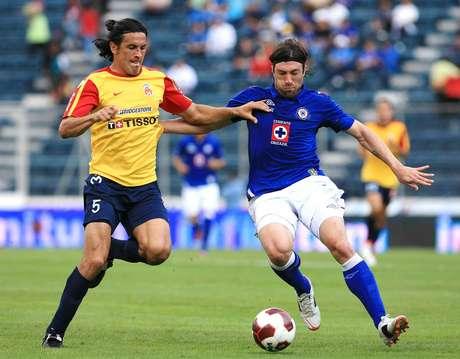 Viernes 4 de enero - Morelia recibe a Cruz Azul en el arranque del torneo de Clausura 2013