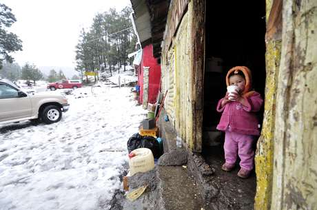 Por lo menos ocho personas han muerto en dos estados mexicanos en los últimos días a consecuencia de las bajas temperaturas, de hasta cinco grados bajo cero, que se registran, informaron este viernes fuentes oficiales.