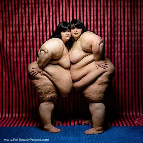 """""""Mulheres obesas têm apenas uma forma diferente de beleza"""", disse o fotógrafo"""