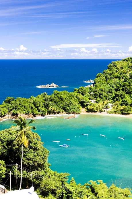Destino de 5 mil km² é formado pelas grandes ilhas que dão nome ao país, além de dezenas de ilhotas