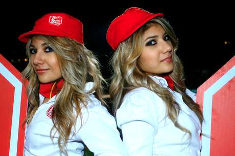 Beautiful cheerleaders added color and beauty to Round 1 of Liga MX