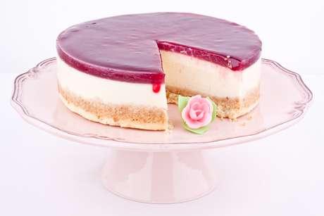O cheesecake de goiaba, composto por creme de leite, leite condensado, biscoito de maisena, manteiga, queijo e goiabada, é um dos doces mais presentes no cardápio caribenho