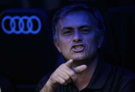 Jose Mourinho is captured watching his son's practice after he said he would be working on Monday.