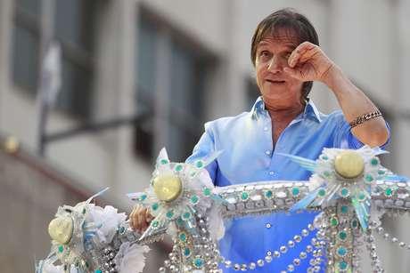 Roberto Carlos no desfile da Beija-Flor