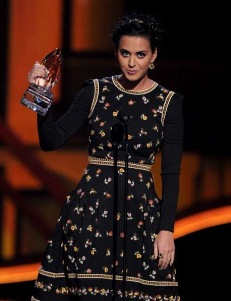 Katy Perry se llevó cuatro estratuillas en los People's Choice Awards.