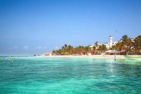 Município banhado pelo mar do Caribe tem 7 km de comprimento e 650 metros de largura