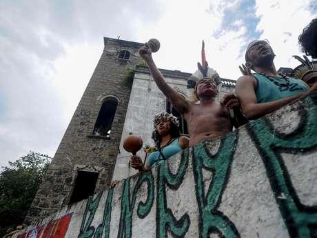 O governo do Estado pretende demolir o museu para aumentar a área de estacionamento e melhorar o acesso ao Maracanã