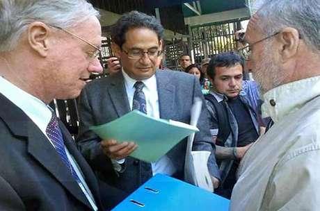 La carta fue entregada en la Embajada de Estados Unidos en México.