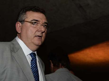 <p>Dirigentes corintianos despitam a respeito de possível saída do time na Copa Libertadores</p>
