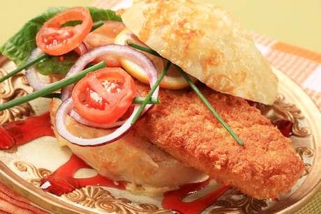 Tradicional iguaria trinitária, o bake n shark surgiu no início dos anos 1980 e foi incorporado à gastronomia local
