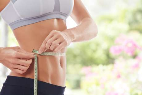Homens com parceiras de cintura fina também têm um incentivo a mais para não ficarem barrigudos