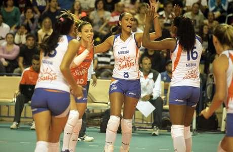 Fora de casa, time de Osasco não teve dificuldades para derrotar o rival de Campinas