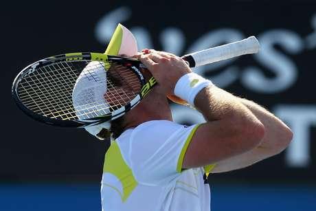 Blaz Kavcic comemora vitória na segunda rodada do Aberto da Austrália; ele agora enfrenta Tsonga