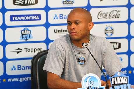 Gabriel rescindiu com o Grêmio na quarta-feira