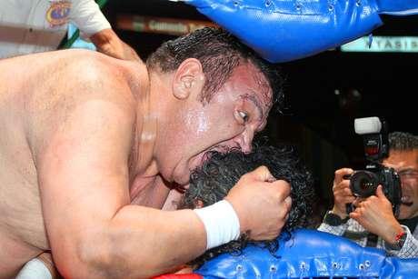Disfruta de las mejores acciones de la Lucha Libre del Consejo Mundial de Lucha Libre (CMLL) desde la Arena México.