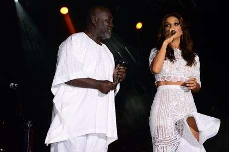Ivete Sangalo cantou o Hino ao Senhor do Bonfim ao lado de Lazzo Matumbi