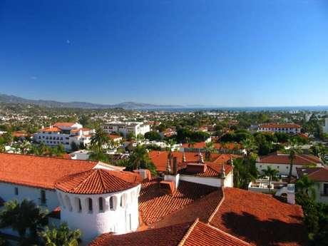 <strong>Santa Bárbara, California: </strong>Esta ciudad con vista al mar, y una enorme cantidad de playas tiene todos los elementos necesarios para inspirar una vida saludable. Las mujeres de Santa Bárbara tienen un índice de masa corporal más bajo que el promedio nacional.