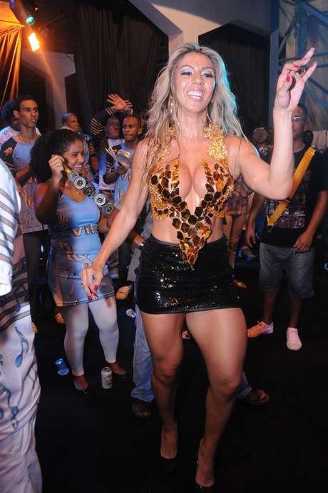 A modelo desfilará pela escola de samba carioca